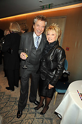 LIONEL BLAIR and ELAINE PAIGE at a tribute lunch in honour of Michael Aspel hosted by The Lady Taverners at The Dorchester, Park Lane, London on 14th November 2008.