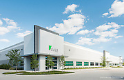 Flexible warehouse space in an industrial park, with tenant, and management company by DFW international airport
