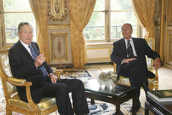 Former US President George Bush meets with President Jacques Chirac at the Elysee Palace in Paris, France, May 1st 2006. Photo by Mehdi Taamallah/ABACAPRESS.COM