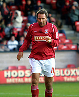 Photo: Dave Linney.<br />Walsall v Hartlepool United. Coca Cola League 1. 17/12/2005.Paul Merson(Walsall Player/Mgr)