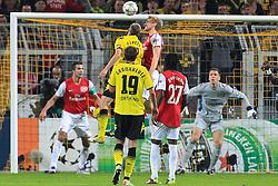 13.09.2011, Signal Iduna Park, Dortmund, GER, UEFA CL, Gruppe F, Borussia Dortmund (GER) vs Arsenal London (ENG), im Bild.Kopfball / Kopfballduell zwischen Per Mertesacker (Arsenal #4) (R) und Sven Bender (Dortmund #22)..// during the UEFA CL, group F, Borussia Dortmund (GER) vs Arsenal London on 2011/09/13, at Signal Iduna Park, Dortmund, Germany. EXPA Pictures © 2011, PhotoCredit: EXPA/ nph/  Mueller       ****** out of GER / CRO  / BEL ******