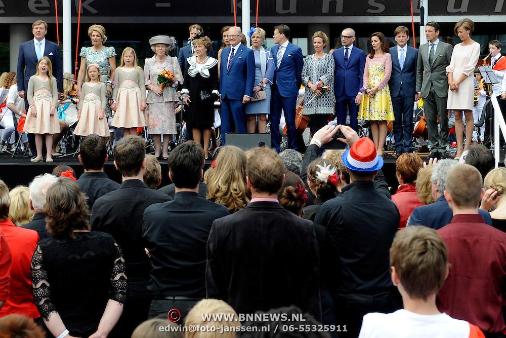 Koningsdag 2014 in Amstelveen, het vieren van de verjaardag van de koning. / Kingsday 2014 in Amstelveen, celebrating the birthday of the King. <br /> <br /> <br /> Op de foto / On the photo:  King Willem-Alexander and Queen Maxima and Princess Amalia and Princess Alexia and Princess Ariane<br /> Prince Constantijn and Princess Laurentien<br /> Princess Beatrix<br /> Princess Margiet and Pieter van Vollenhoven<br /> Prince Maurits and Princess Marilene<br /> Prince Bernhard and Princess Annette<br /> Prince Pieter-Christiaan and Princess Anita<br /> Prince Floris and Princess Aimee