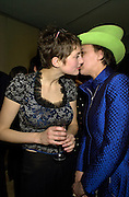 Honor Fraser and Selina Blow. Talk pre-Bafta party. St. Martin's Lane hotel. London. 24 February 2001. © Copyright Photograph by Dafydd Jones 66 Stockwell Park Rd. London SW9 0DA Tel 020 7733 0108 www.dafjones.com
