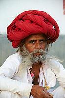 Inde, Rajasthan, village de Meda dans les environs de Jodhpur, population Rabari, Kamaram, 37 ans // India, Rajasthan, Meda village around Jodhpur, Rabari ethnic group, Kamaram, 37 old