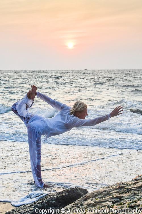 Jutta Diesch yoga, Bethsaida Hermitage, Kerala, India juttadiesch@mac.com
