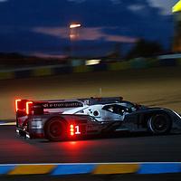 #1 Audi R18 e-tron quattro, Audi Sport Team Joest, LMP1, Drivers: Fässler/Lotterer/Treluyer, Le Mans 24H 2013