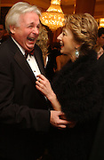 Christopher Biggins and Maureen Lipman. Laurence Oliver Awards, Hilton Hotel. 26 February 2006. ONE TIME USE ONLY - DO NOT ARCHIVE  © Copyright Photograph by Dafydd Jones 66 Stockwell Park Rd. London SW9 0DA Tel 020 7733 0108 www.dafjones.com