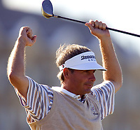 Golf<br /> Foto: SBI/Digitalsport<br /> NORWAY ONLY<br /> <br /> 2005 Open Championship, St. Andrews.<br /> Saturday 16/07/2005<br /> <br /> Fred Couples drives the last