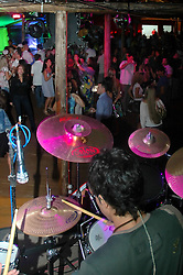 Atlântida - RS, 12/01/2007; Em evento realizado na noite do último sábado, dia 12 de janeiro, teve início a temporada de verão do Studio Polo, espaço reservado na Avenida Central de Atlântida para a edição de verão do Campeonato de Polo. FOTO: Lucas Uebel/Preview.com