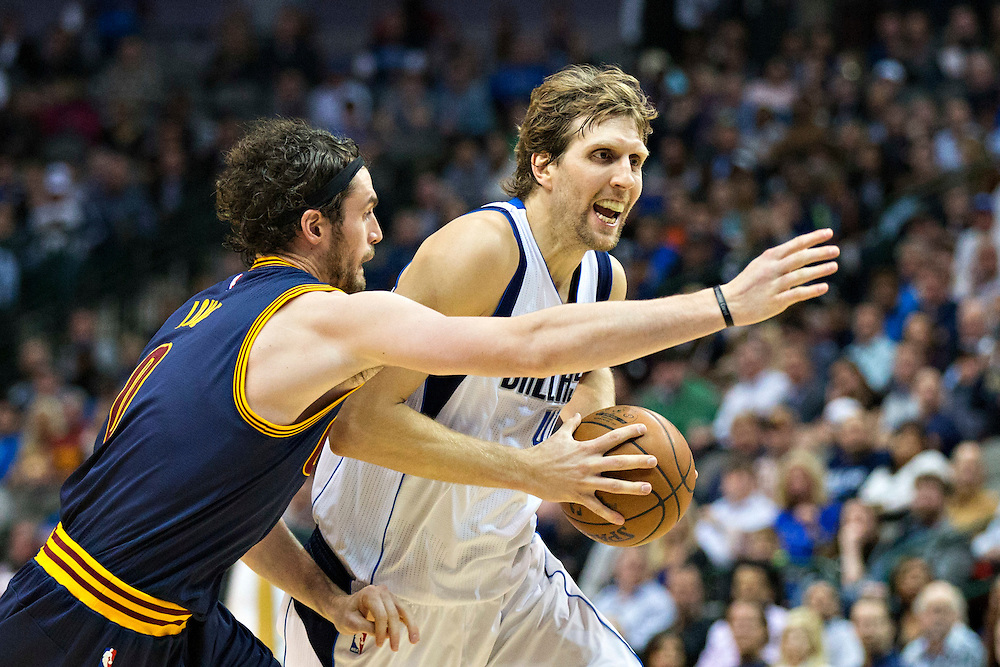 DALLAS, TX - JANUARY 12:  Dirk Nowitzki #41 of the Dallas Mavericks drives to the basket against Kevin Love #0 of the Cleveland Cavaliers at American Airlines Center on January 12, 2016 in Dallas, Texas.  NOTE TO USER: User expressly acknowledges and agrees that, by downloading and or using this photograph, User is consenting to the terms and conditions of the Getty Images License Agreement.  The Cavaliers defeated the Mavericks 110-107.  (Photo by Wesley Hitt/Getty Images) *** Local Caption *** Dirk Nowitzki; Kevin Love