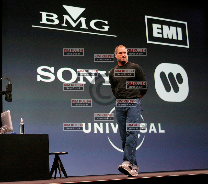 04/28/03, SAN  FRANCISCO, CALIFORNIA, UNITED STATES,  Apple CEO Steve Jobs introduces a new online music service along with new IPOD players and IMusic software in San Francisco, Calif.  Five major record labels are participating in the Apple music service.  --Photo by Kim Kulish