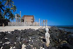 Hale o Keawe Heiau, reconstructed old Hawaiian temple mausoleum, Coconut Palms, Cocos nucifera, Pu`uhonua o Honaunau or Place of Refuge National Historical Park, Honaunau, Big Island, Hawaii