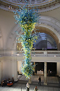 Glass rotunda chandelier in the Victoria and Albert museum. Made by Dale Chihuly. 30-feet high blown glass, installed in 2000.