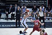 DESCRIZIONE : Bologna Lega A 2015-16 Obiettivo Lavoro Virtus Bologna - Umana Reyer Venezia<br /> GIOCATORE : Simone Fontecchio<br /> CATEGORIA : Tiro<br /> SQUADRA : Obiettivo Lavoro Virtus Bologna<br /> EVENTO : Campionato Lega A 2015-2016<br /> GARA : Obiettivo Lavoro Virtus Bologna - Umana Reyer Venezia<br /> DATA : 04/10/2015<br /> SPORT : Pallacanestro<br /> AUTORE : Agenzia Ciamillo-Castoria/G.Ciamillo<br /> <br /> Galleria : Lega Basket A 2015-2016 <br /> Fotonotizia: Bologna Lega A 2015-16 Obiettivo Lavoro Virtus Bologna - Umana Reyer Venezia