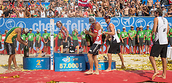 31.07.2016, Strandbad, Klagenfurt, AUT, FIVB World Tour, Beachvolleyball Major Series, Klagenfurt, Herren, im Bild Aleksandrs Samoilovs (1, LAT), Janis Smedins (2, LAT), Saymon Barbosa Santos (2, BRA), Chaim Schalk (1, CAN), Ben Saxton (2, CAN) // during the FIVB World Tour Major Series Tournament at the Strandbad in Klagenfurt, Austria on 2016/07/31. EXPA Pictures © 2016, PhotoCredit: EXPA/ Lisa Steinthaler