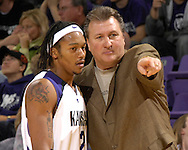 Kansas State head coach Bob Huggins (R) points out some instructions to Wildcat guard Blake Young (L) in the first half against Cleveland State at Bramlage Coliseum in Manhattan, Kansas, December 5, 2006.  K-State beat the Vikings 93-60.<br />