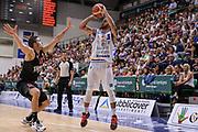 DESCRIZIONE : Trofeo Meridiana Dinamo Banco di Sardegna Sassari - Olimpiacos Piraeus Pireo<br /> GIOCATORE : David Logan<br /> CATEGORIA : Tiro Tre Punti Three Point Ritardo<br /> SQUADRA : Dinamo Banco di Sardegna Sassari<br /> EVENTO : Trofeo Meridiana <br /> GARA : Dinamo Banco di Sardegna Sassari - Olimpiacos Piraeus Pireo Trofeo Meridiana<br /> DATA : 16/09/2015<br /> SPORT : Pallacanestro <br /> AUTORE : Agenzia Ciamillo-Castoria/L.Canu