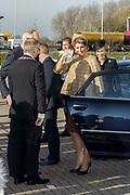Bezoek Maxima aan Cono Kaasmakers West-Beemster.<br /> <br /> Op de foto: aankomst koningin Maxima