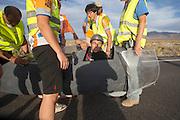 Trevor Evans in de Bluenose van de universiteit in Toronto op de vijfde racedag van de WHPSC. In de buurt van Battle Mountain, Nevada, strijden van 10 tot en met 15 september 2012 verschillende teams om het wereldrecord fietsen tijdens de World Human Powered Speed Challenge. Het huidige record is 133 km/h.<br /> <br /> Trevor Evans in the Bluenose of the university of Toronto on the fifth day of the WHPSC. Near Battle Mountain, Nevada, several teams are trying to set a new world record cycling at the World Human Powered Vehicle Speed Challenge from Sept. 10th till Sept. 15th. The current record is 133 km/h.