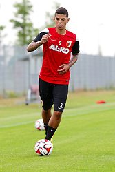 02.07.2014, Trainingsplatz, Augsburg, GER, FS Vorbereitung, FC Augsburg, im Bild FCA Neuzugang Shawn Parker (# 9, FC Augsburg) // during a practice session of German 1st Bundesliga Club FC Augsburg at the Trainingsplatz in Augsburg, Germany on 2014/07/02. EXPA Pictures © 2014, PhotoCredit: EXPA/ Eibner-Pressefoto/ Fastl<br /> <br /> *****ATTENTION - OUT of GER*****