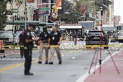NEW YORK, Sept. 18, 2016 (Xinhua) -- Investigators are seen at the blast site in New York, U.S., Sept. 18, 2016. All 29 people wounded in Saturday's blast in New York City were released from hospitals, Mayor Bill de Blasio said Sunday at a news conference on the explosion. (Xinhua/Wang Ying) (Credit Image: © Wang Ying/Xinhua via ZUMA Wire)