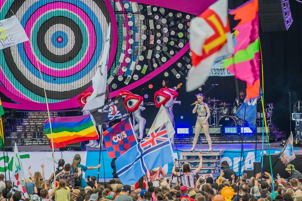 Katy Perry plays the Pyramid Stage - The 2017 Glastonbury Festival, Worthy Farm. Glastonbury, 24 June 2017