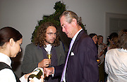 Jamie Byng and Charles Black, Book launch for Ronan Bennett, Justin Cartright and Susanna Clarke, Bloomsbury new building, 36 Soho Sq. 1 September 2004. SUPPLIED FOR ONE-TIME USE ONLY-DO NOT ARCHIVE. © Copyright Photograph by Dafydd Jones 66 Stockwell Park Rd. London SW9 0DA Tel 020 7733 0108 www.dafjones.com