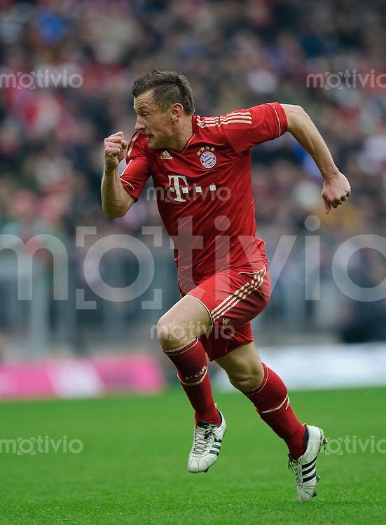 Fussball Bundesliga Saison 2011/2012 24. Spieltag FC Bayern Muenchen - FC Schalke 04 Ivica OLIC (FCB) beim Antritt.