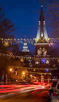 Holiday decorations with St. Anne'schurch and the State House in Annapolis, Maryland,
