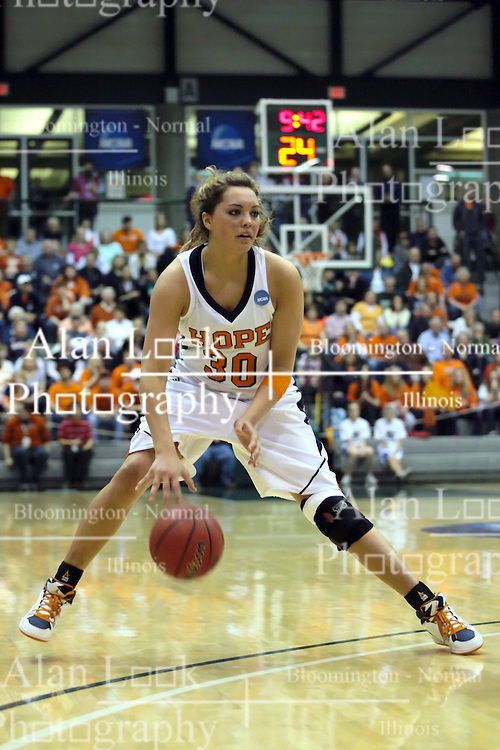 20 March 2010: Carrie Snikkers. The Flying Dutch of Hope College fall to the Bears of Washington University 65-59 in the Championship Game of the Division 3 Women's NCAA Basketball Championship the at the Shirk Center at Illinois Wesleyan in Bloomington Illinois.