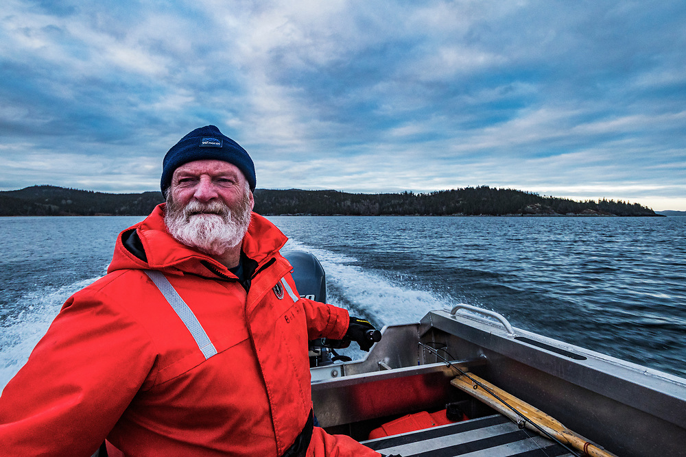 DFO (Department of Fisheries and Oceans Canada) scientist Dr. Robert Gregory takes his team to site known to house juvenile Atlantic cod in Newfoundland, Canada. The cod fishery was one of the world's largest until a crash in the early 90's which left 40,000 fisherman out of work overnight. The fishery has still not recovered, but researchers are working to try to bring their populations back up.