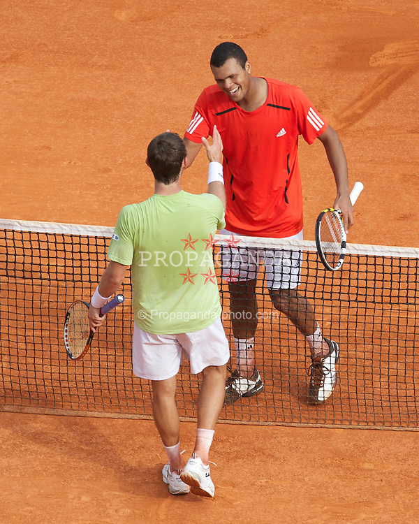 MONTE-CARLO, MONACO - Thursday, April 15, 2010: Jo-Wilfried Tsonga (FRA) and Juan Carlos Ferrero (ESP) in action during the Men's Singles 3rd Round match on day four of the ATP Masters Series Monte-Carlo at the Monte-Carlo Country Club. (Photo by David Rawcliffe/Propaganda)