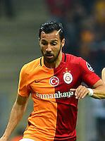 Turkey Sportoto superlig big derby match between Galatasaray and Fenerbahce at Turk Telekom Arena Stadium in Istanbul , Turkey , april 13  ,2016.<br /> Final Score : Galatasaray 0 - Fenerbahce 0<br /> Pictured: Yasin Oztekin (L) of Galatasaray and Volkan Sen (R) of Fenerbahce.