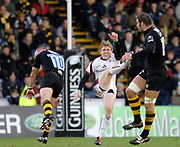 Wycombe. GREAT BRITAIN, during the, Guinness Premiership game between, London Wasps and Leicester Tigers on 25/11/2006, played at  Adams<br />  Park,<br />  ENGLAND. Photo, Peter Spurrier/Intersport-images]