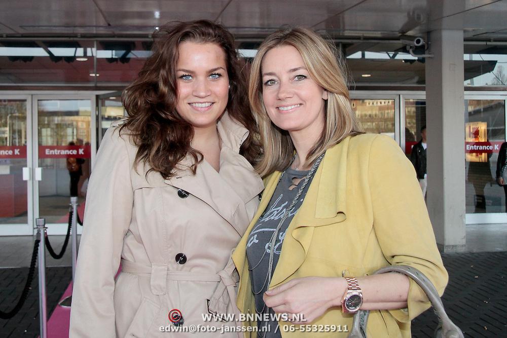 NLD/Amsterdam/20110401 - The Fashion Lisst Vip Night in de Rai, Monique Mathijssen-Verkaart met zusje Chantal