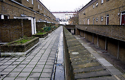 © Licensed to London News Pictures 04/06/2004.View of Highbury West council estate, close to Arsenal FC, in Highbury..London, UK.Photo credit: Anna Branthwaite