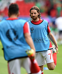 Joe Allen of Wales  - Mandatory by-line: Joe Meredith/JMP - 25/06/2016 - FOOTBALL - Parc des Princes - Paris, France - Wales v Northern Ireland - UEFA European Championship Round of 16