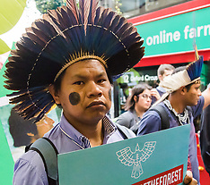 2017-10-24 Ethnic 'forest guardians' protest in London against illegal logger killings