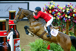 Kraut Laura, USA, Anthem<br /> World Cup Final Jumping - Las Vegas 2003<br /> © Hippo Foto - Dirk Caremans