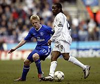 Photo. Aidan Ellis.Digitalsport<br /> Bolton Wanderers v Chelsea.<br /> FA Barclaycard Premiership.<br /> 13/03/2004.<br /> Chelsea's Damain Duff keeps an eye on Bolton's Jay-Jay Okocha