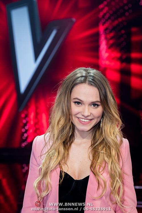 NLD/Hilversum/20180209 - 3e Liveshows The voice of Holland 2018, Demi van Wijngaarden
