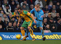 Photo: Ashley Pickering.<br />Norwich City v Coventry City. Coca Cola Championship. 24/02/2007.<br />Darren Huckerby of Norwich (L) holds off Andrew Whing of Coventry