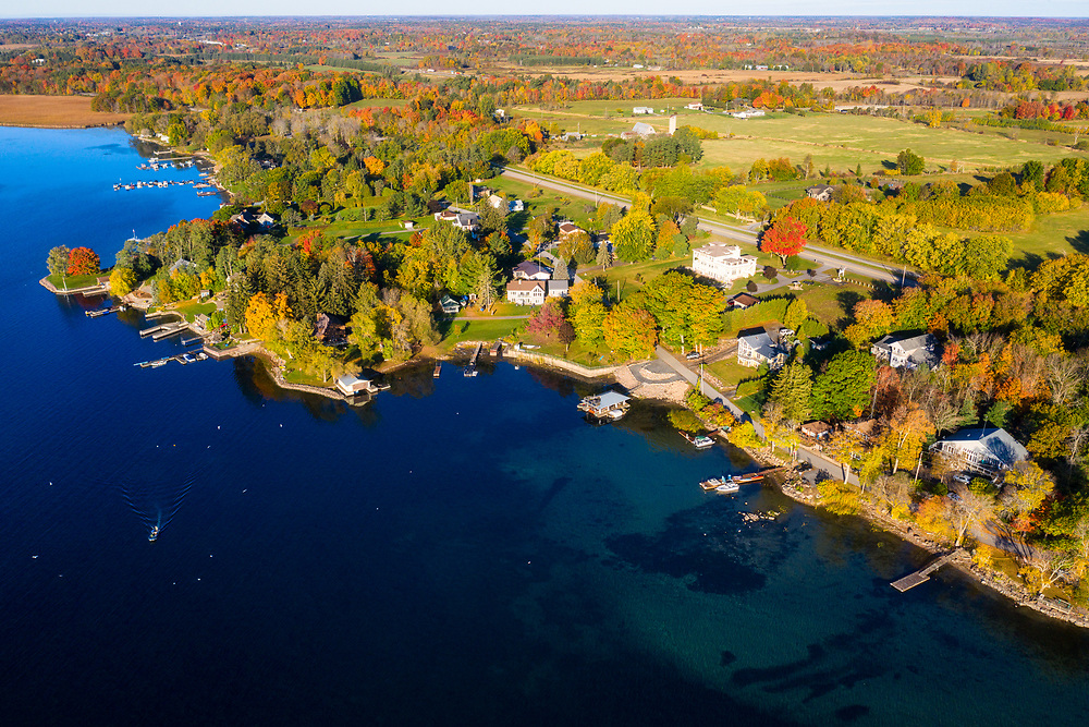https://Duncan.co/homes-and-cottages-on-the-waterfront