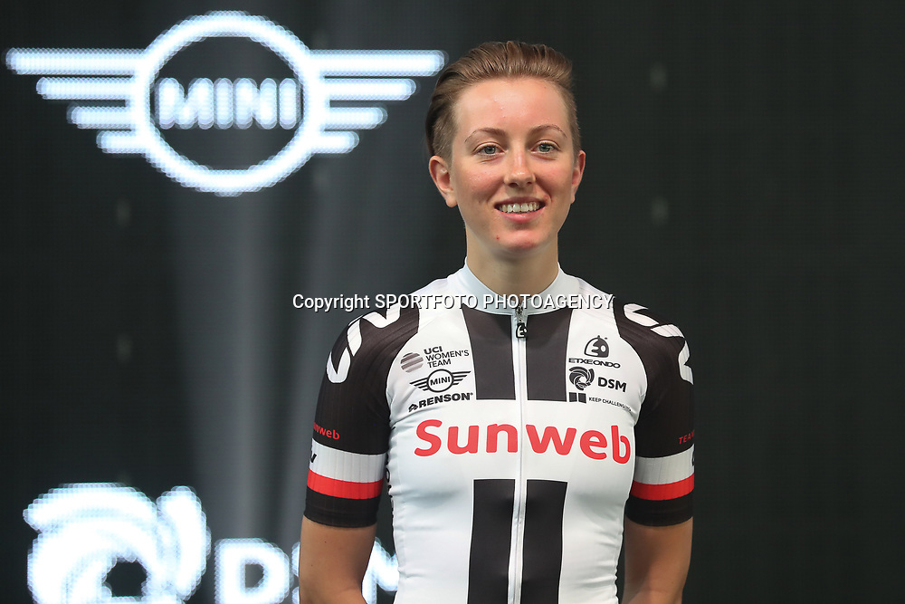 05-01-2017: Wielrennen: Presentatie Sunweb Giant: Rotterdam  <br />MUNSTER (GER) cycling<br />Molly Weaver