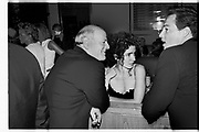 BARRY DILLER; CYNTHIA CARTER; BRETT EASTON ELLIS, ( ? ), Vanity Fair Oscar night party. Mortons, Los Angeles. 25 March 1996. SUPPLIED FOR ONE-TIME USE ONLY> DO NOT ARCHIVE. © Copyright Photograph by Dafydd Jones 248 Clapham Rd.  London SW90PZ Tel 020 7820 0771 www.dafjones.com