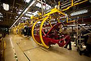 Betim_MG, Brasil...Linha de producao da FIAT em Betim, Minas Gerais. Na foto montagem do Uno...The production line FIAT in Betim, Minas Gerais. In this photo the car Uno...Foto: LEO DRUMOND / NITRO