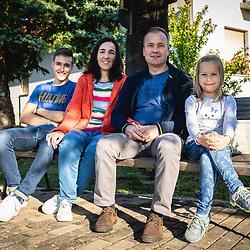 20201001: SLO, People - Family Ravs