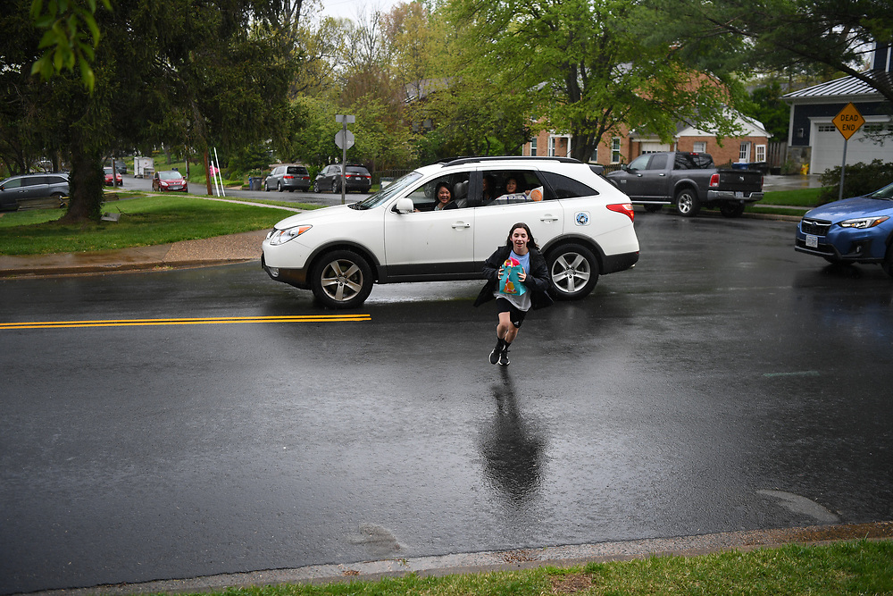 4/23/20 4:02:32 PM -- Richmond, VA, U.S.A  -- Maddie Gruber on her 12th birthday during the Coronavirus pandemic gets surprise birthday parade of friends. --    Photo by Jack Gruber, USA TODAY Staff