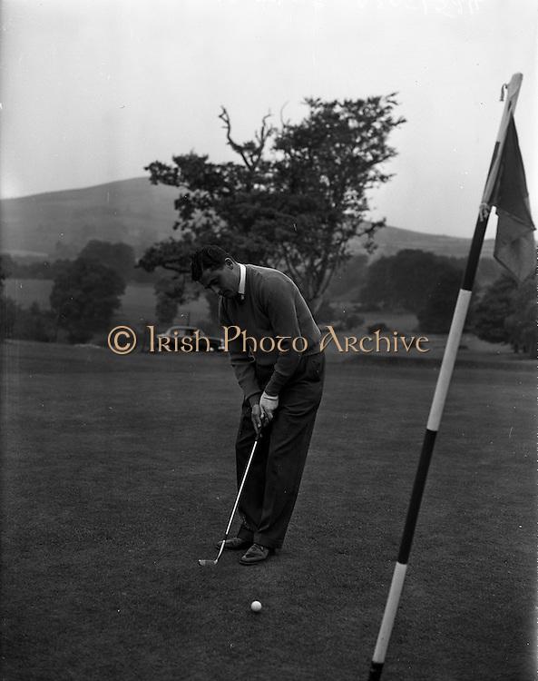 09/10/1959<br /> 10/09/1959<br /> 09 October 1959<br /> Mr. F. Byrne, a member of the Irish Shell Golf Association from Co. Sligo, Irish Shell World Golf Tournament winner at Delgany Golf course, Co. Wicklow.