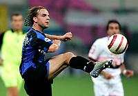 Milano, Stadio G. Meazza, 18/09/2004<br /> Seconda giornata del Campionato di Serie A. Incontro Inter-Palermo<br /> Andy Van Der Meyde<br /> Foto Graffiti